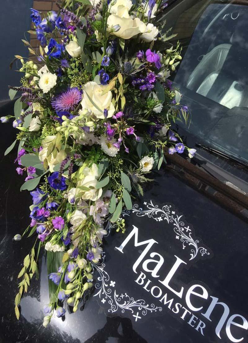 Brudebuket i blå og lilla nuancer.