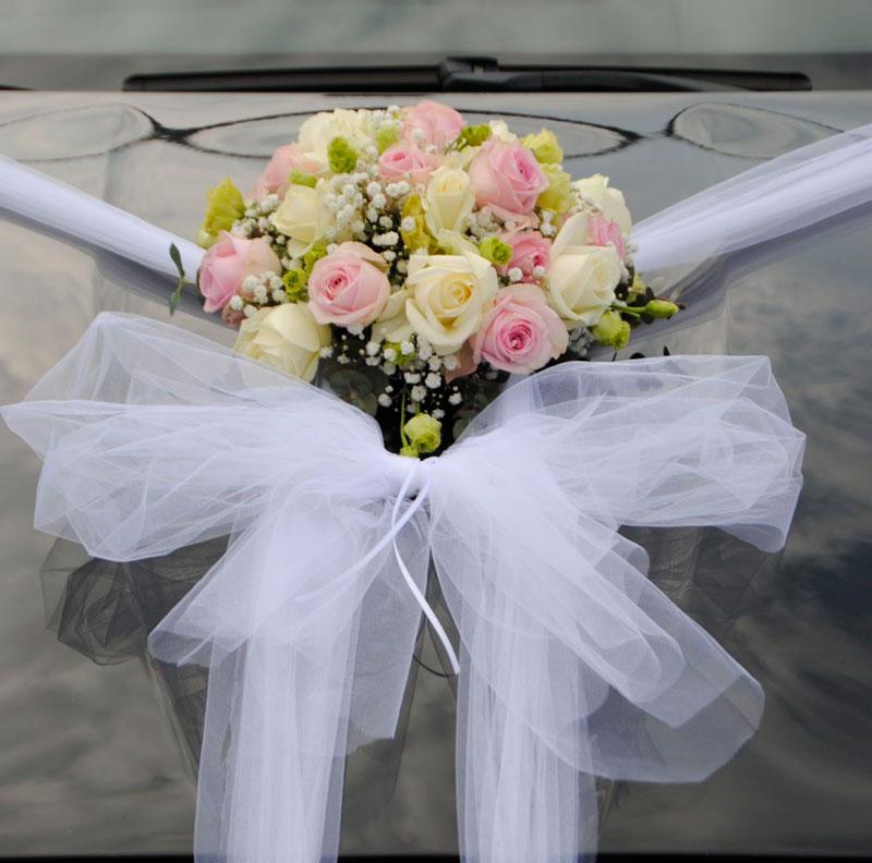 Bilpynt til et bryllup.