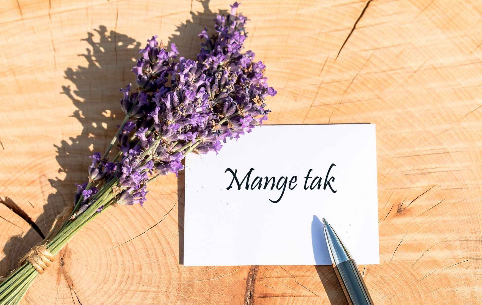 Guide til at skrive et takkekort