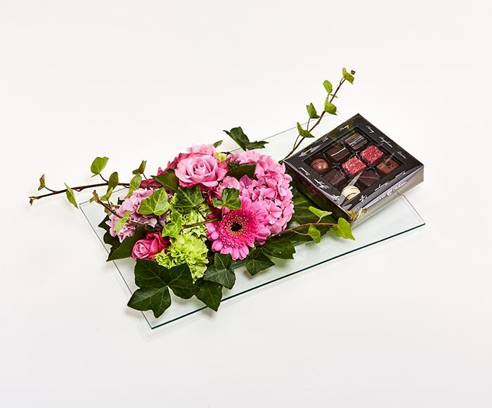Chokoladedekoration på fad