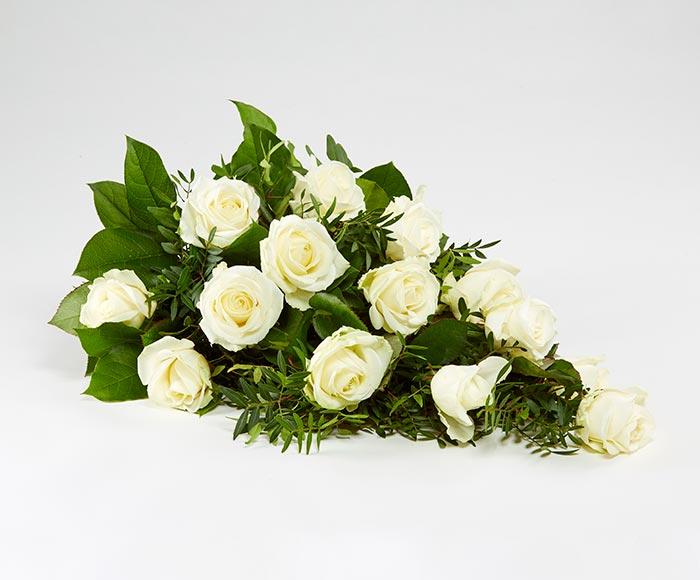 Bårebuket af hvide roser