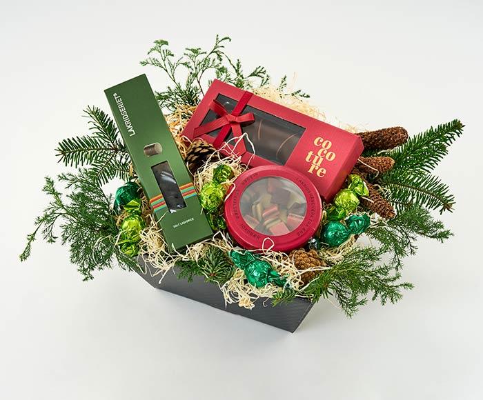 Julekurv med lækre specialiteter