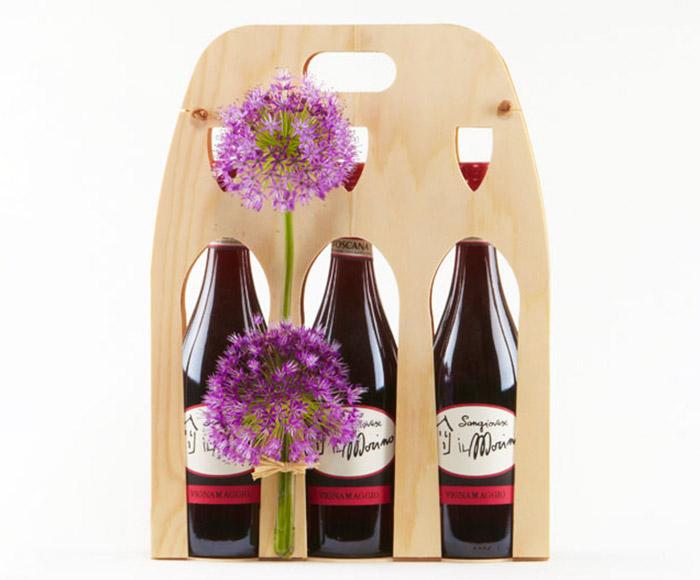 Rødvin i pyntet gaveæske