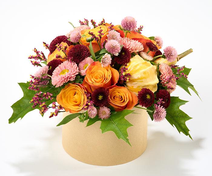 Efterårsblomster i æske, floristens valg