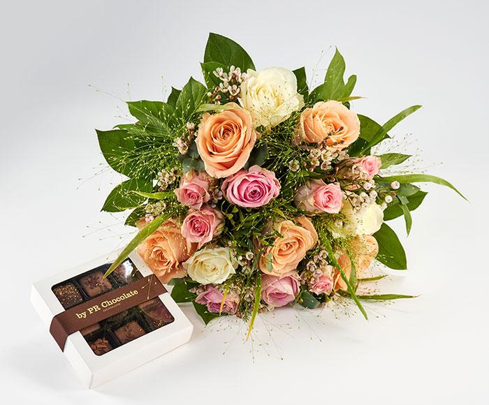 Valentinsbuket, floristens valg og chokolade