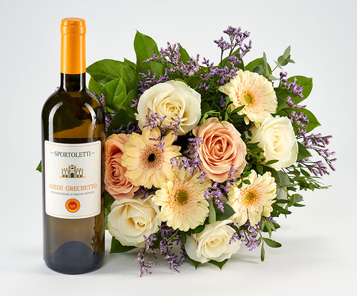 Hvidvin og blomster